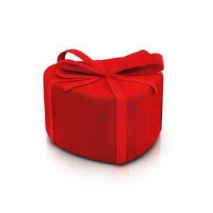 red-heart-gift-box-cropped